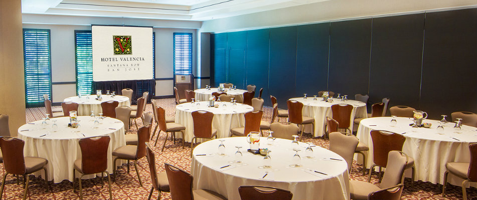 Silicon Valley Meeting Space set for a lunch banquet