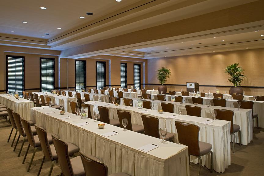 Event Venues in San Jose set classroom style or schoolroom style
